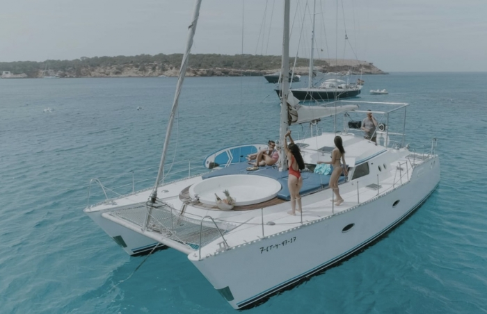 Day Trip Catamaran Ibiza with Jacuzzi
